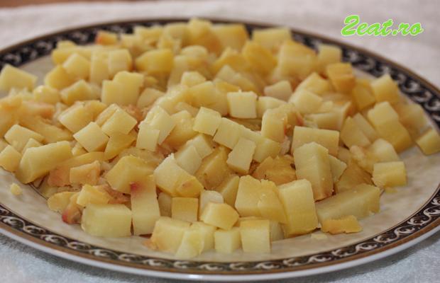 Cartofi cubulete